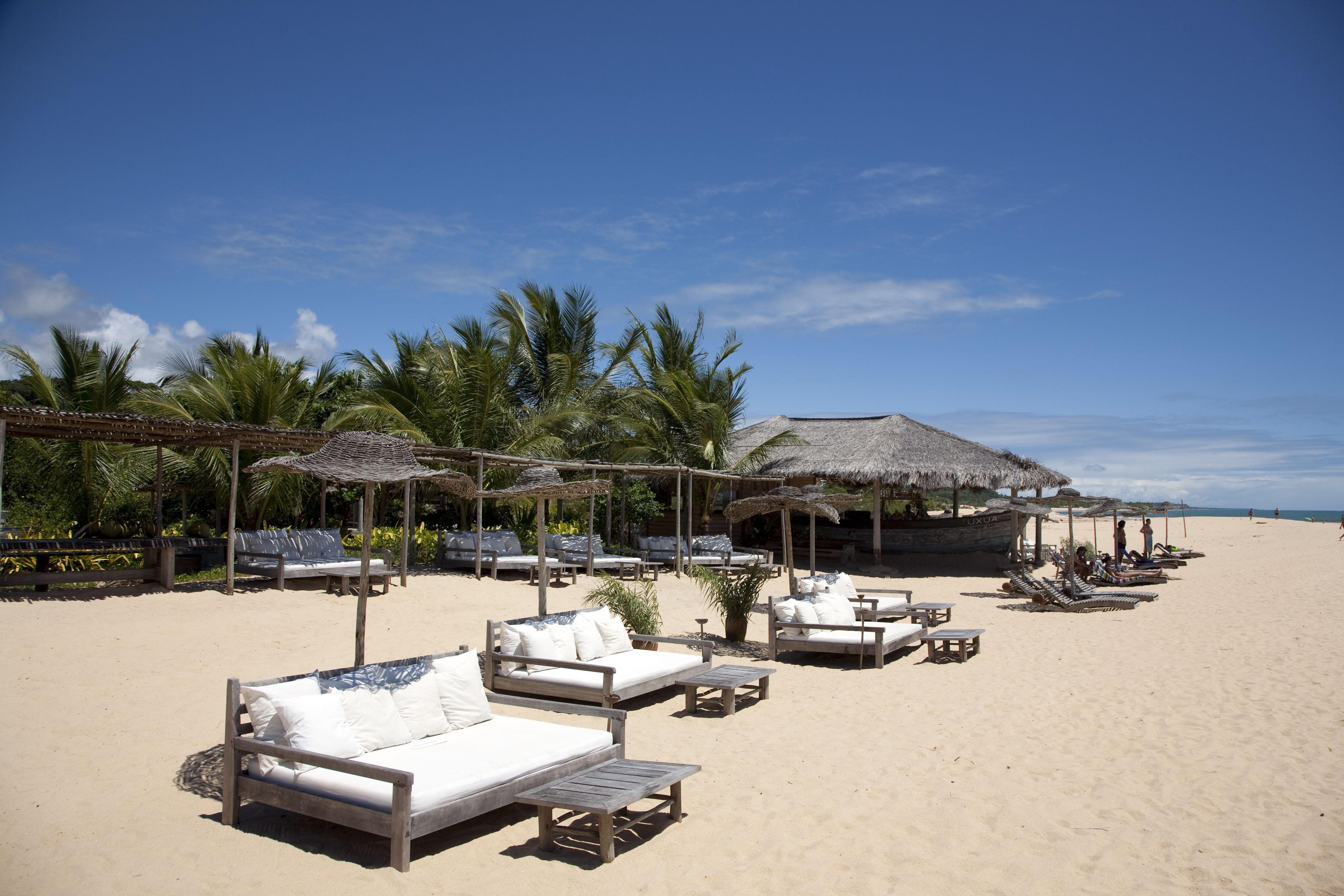 Best Beach Clubs Porter S Favorite Chic Beach Hot Spots Porter