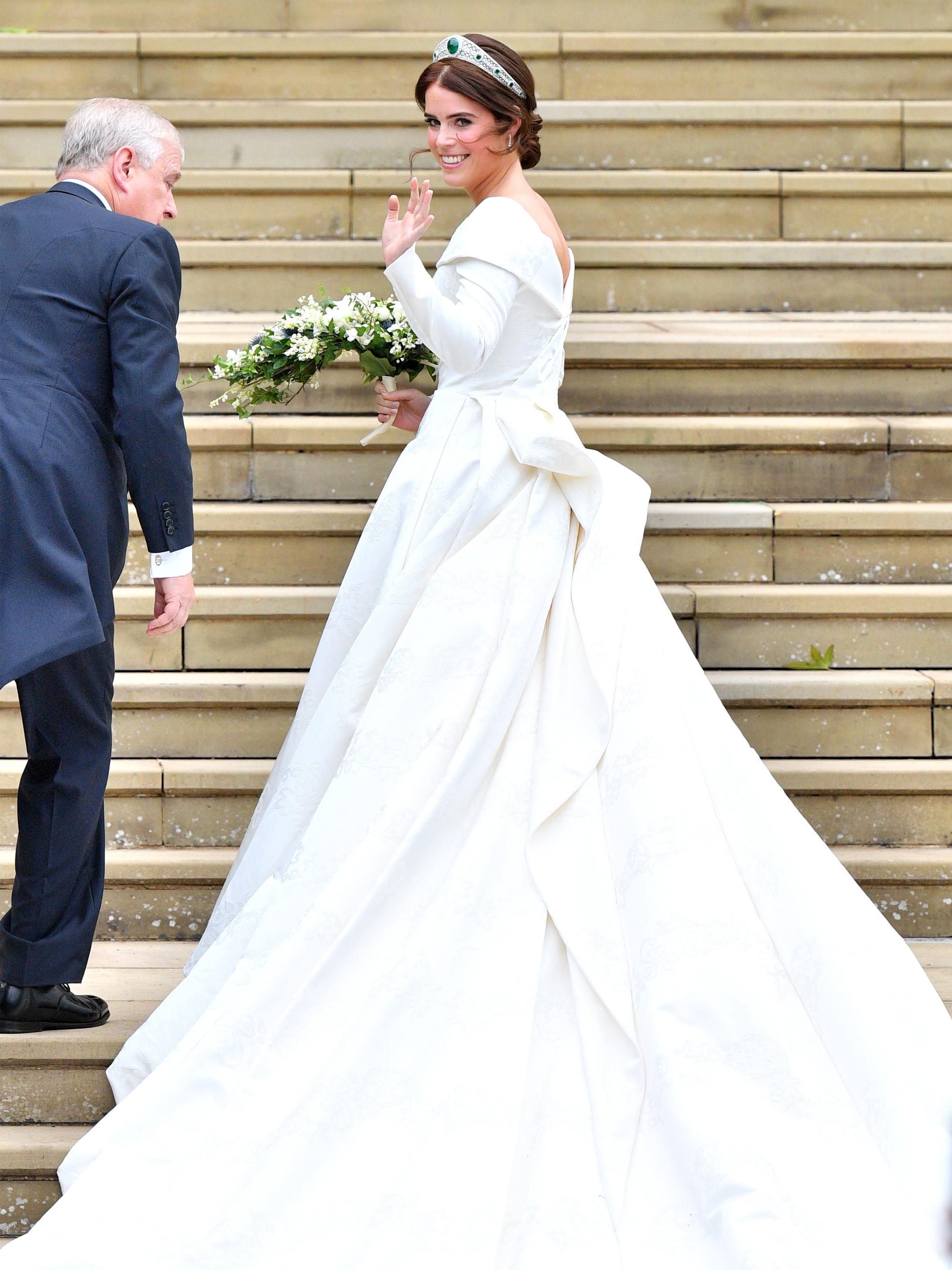 Die schönsten Hochzeitskleider der Stars  PORTER