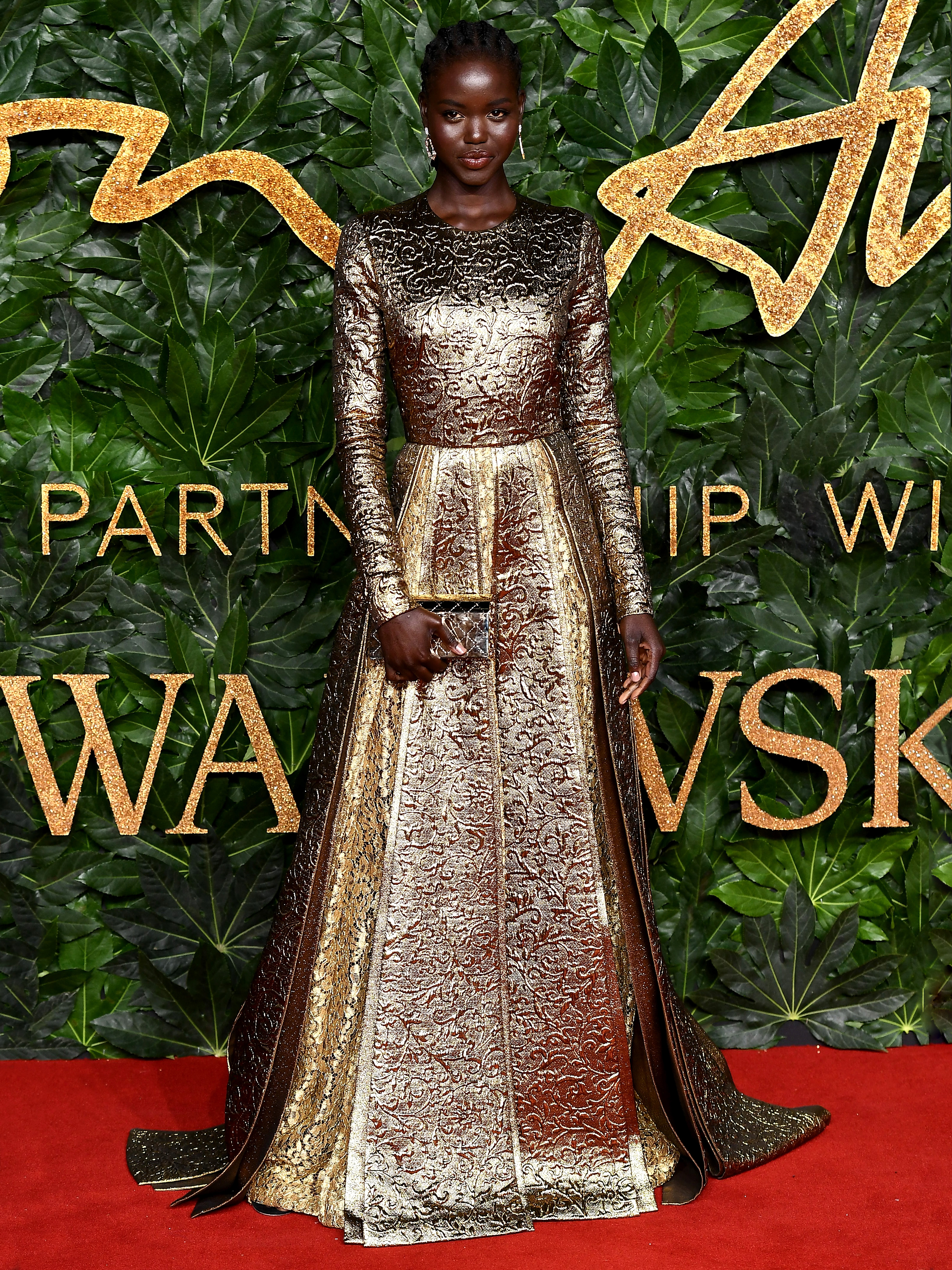 2018All The Fashion From CarpetPorter Dressed Awards Best rdeCBWxQo